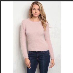 O&O sweater pink crewneck sizes S, M, L soft